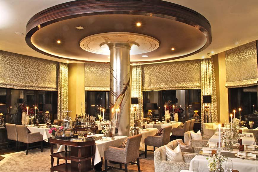 Seven Seas und Deck 7 Restaurants