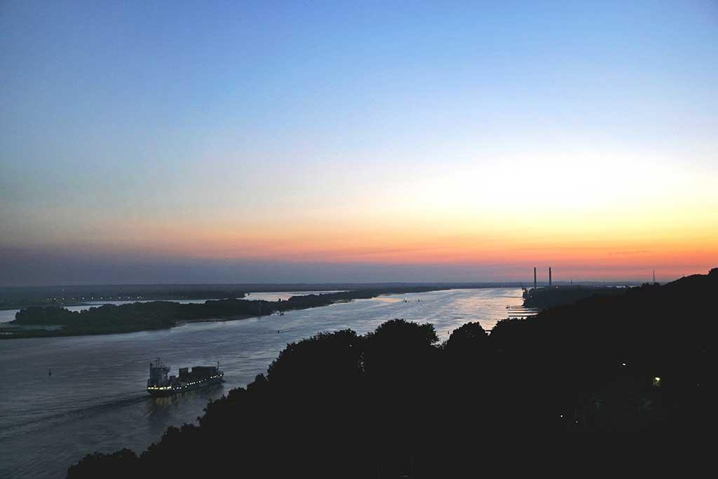 Blick vom Süllberg - Sonnenuntergang